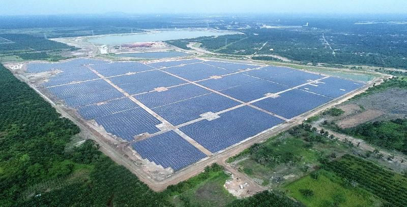 Solar terbesar Malaysia mula tugas