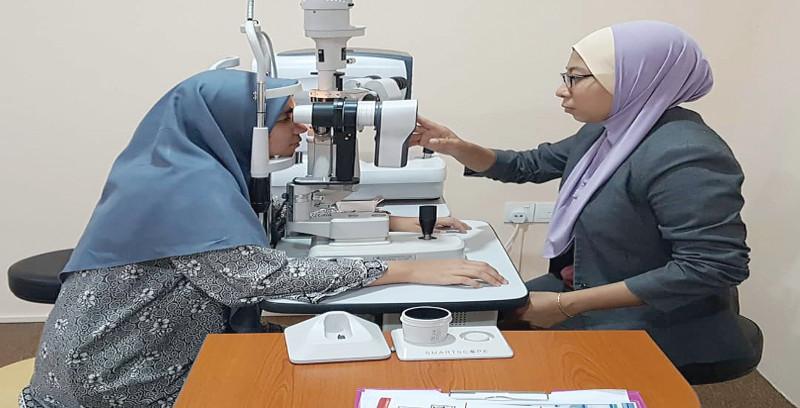 Kerana minat Nurul Dhiya usahakan perniagaan optometri
