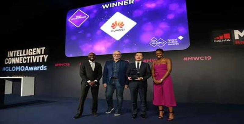 Huawei Mate 20 Pro diiktiraf 'Telefon Pintar Terbaik'