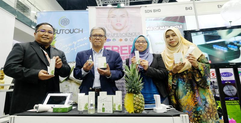 Kosmetik berasaskan enzim nanas