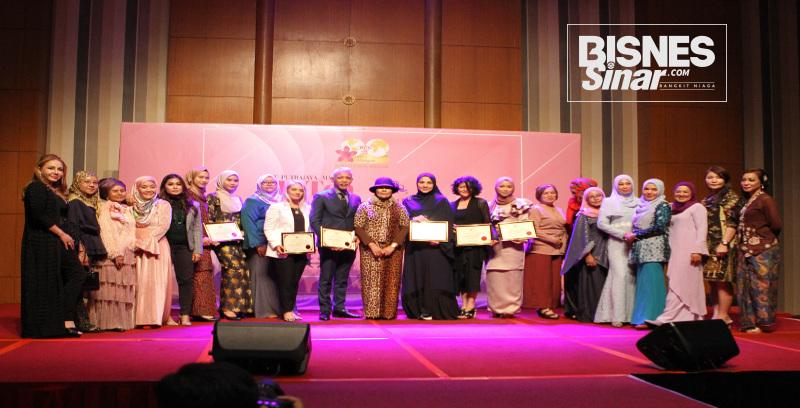 Komited bantu usahawan wanita
