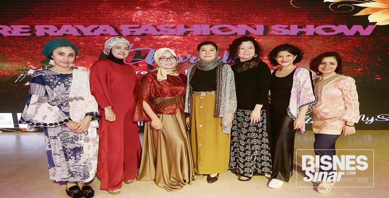 Peraga fesyen tradisional