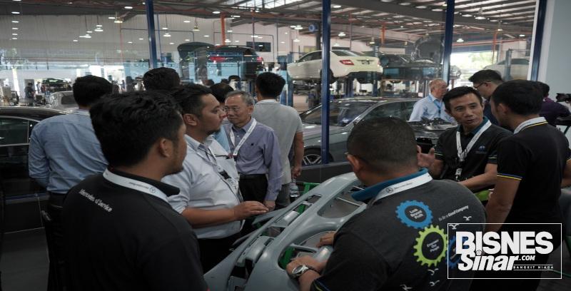 NZ Wheels dan Mercedes-Benz berkolaboratif anjur bengkel