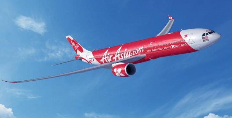 Air Asia tawar 100,000 mata ganjaran melalui permohonan kad kredit
