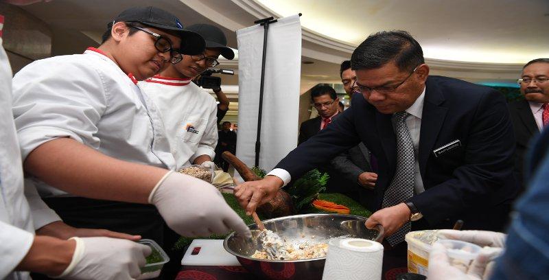PM tidak maksudkan GST akan dilaksana terus – Saifuddin Nasution