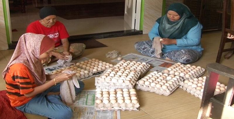 Jualan telur ayam meningkat tiga kali ganda